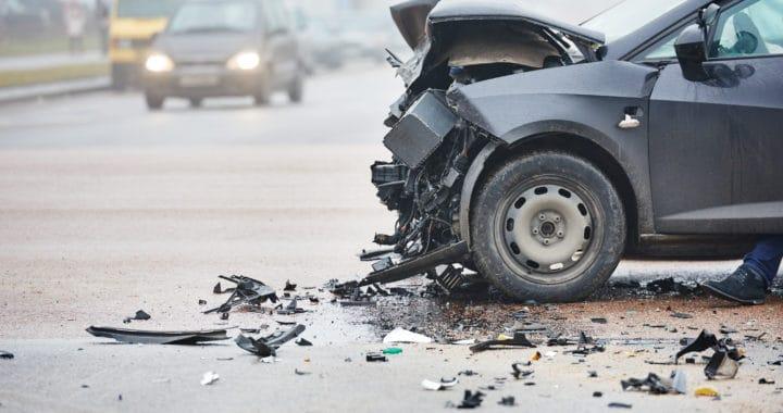 1 Dies 1 Severely Injured in Crash on South L.A. [Los Angeles, CA]