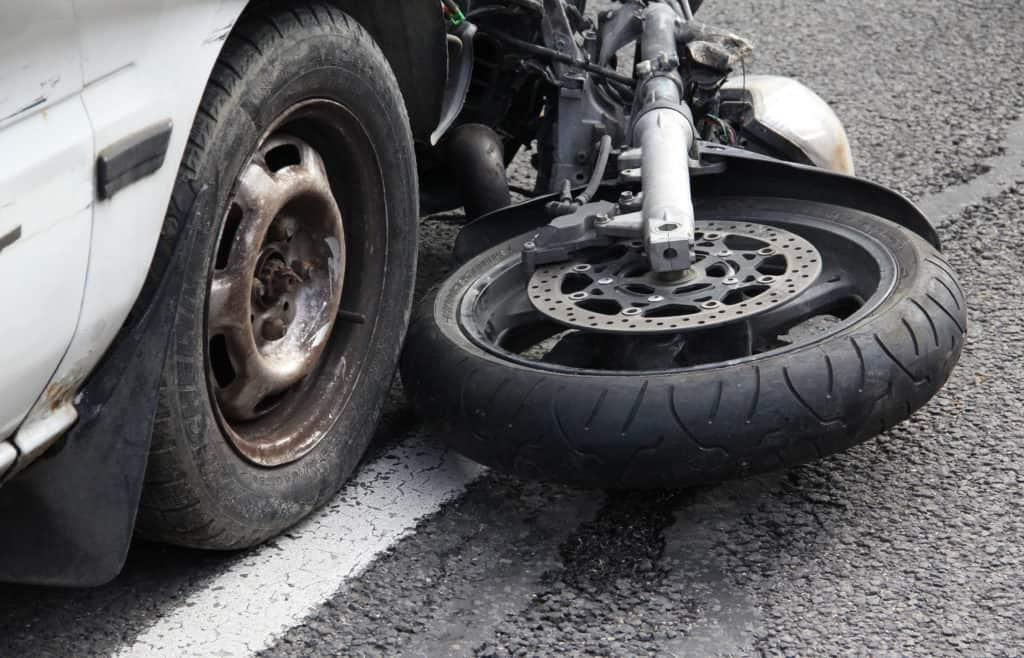 Three-Wheel Motorcycle Rider Injured in Crash on Seventh Street [Victorville, CA]