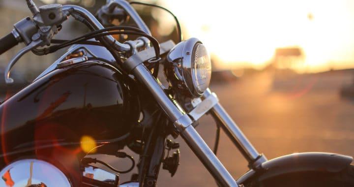 2 People Injured in Motorcycle Crash on Highway 101 near Lewis Road [Camarillo, CA]