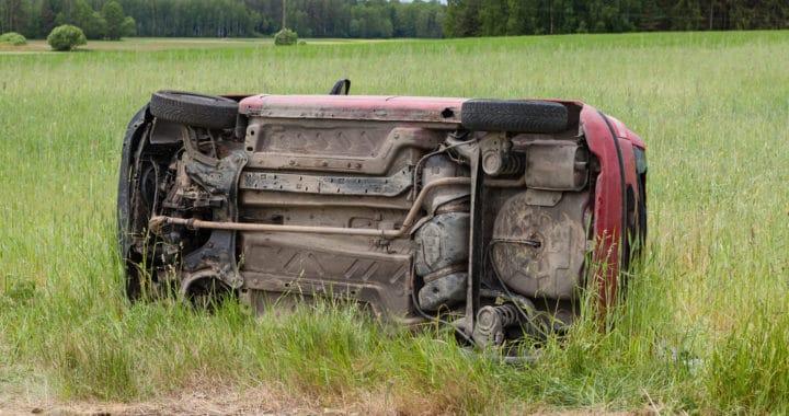 Injury in 605 Freeway Overturn Crash [West Whittier, CA]