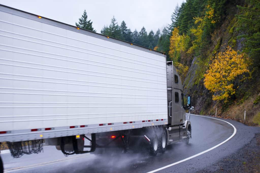 People Killed in Highway 99 Semi-Truck Crash [Tulare, CA]