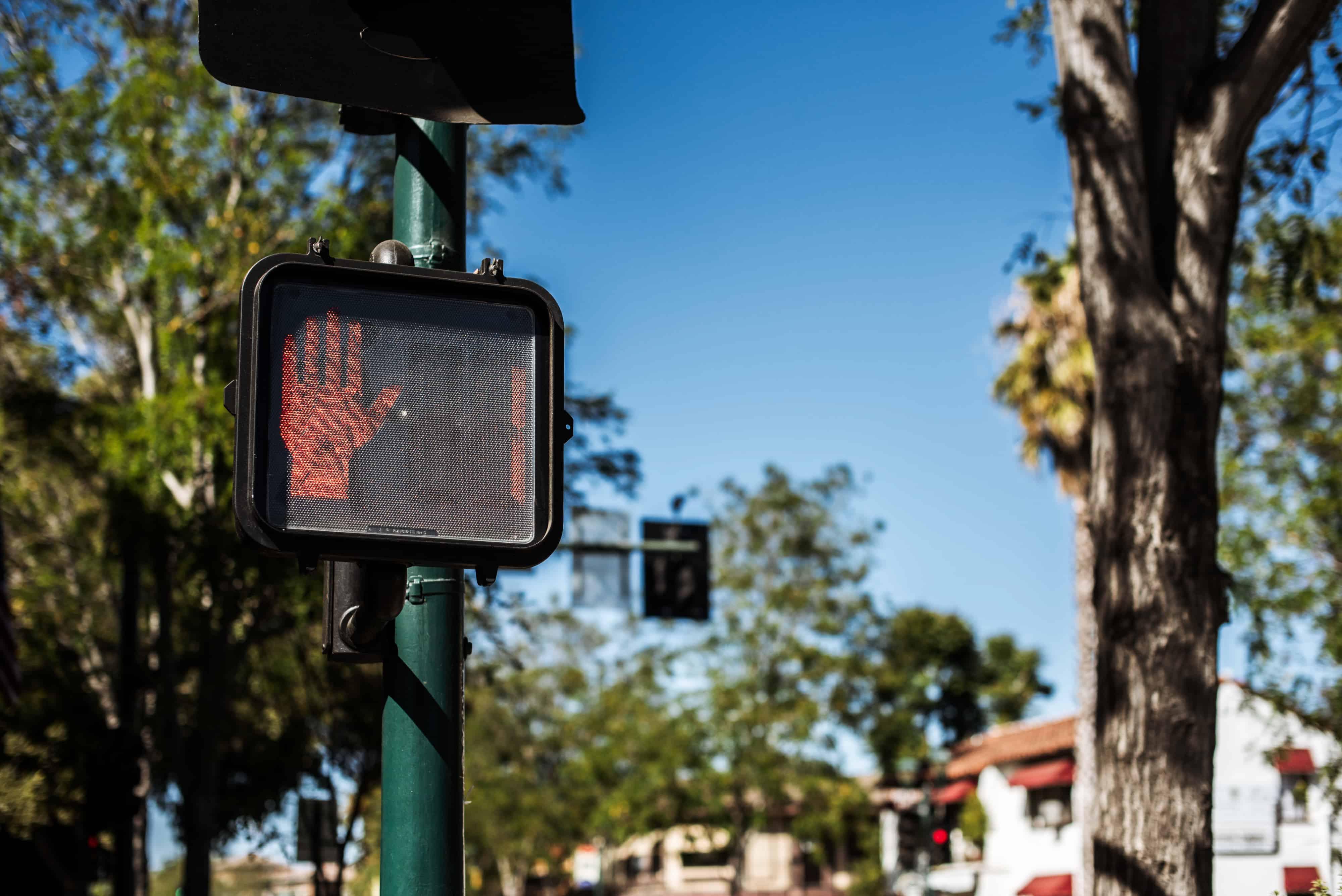 1 Person Injured in Pedestrian Crash on Avenue Stanford [Santa Clarita, CA]