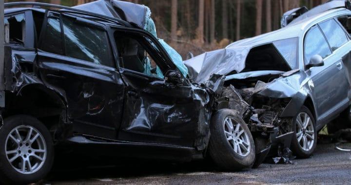 4 People Injured in 2-Vehicle Crash on University Road [Spokane Valley, WA]