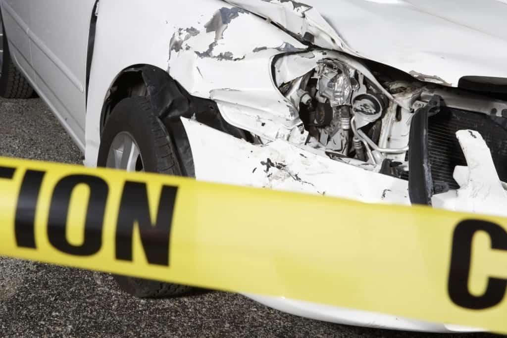 2 People Injured in Crash on Angeles Forest Highway near Mile Marker 23 [San Fernando, CA]