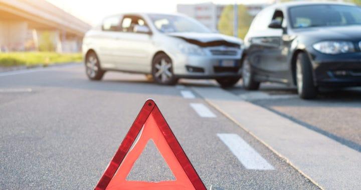 17-year-old Driver Arrested after Crash near Giddings Street and Ferguson Avenue [Visalia, CA]