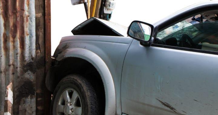 Vehicle Slams into Shell Gas Station on Redmond Fall City Road [Redmond, WA]