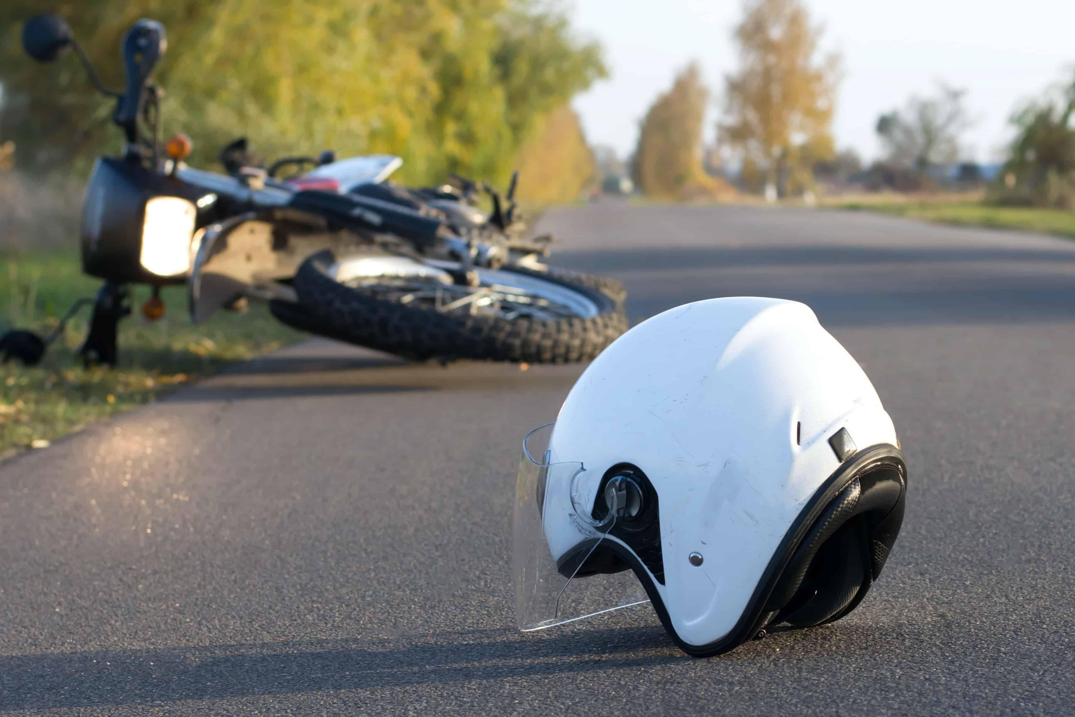 Officer Injured in Motorcycle Crash on 105 Freeway and Bellflower Boulevard [Downey, CA]